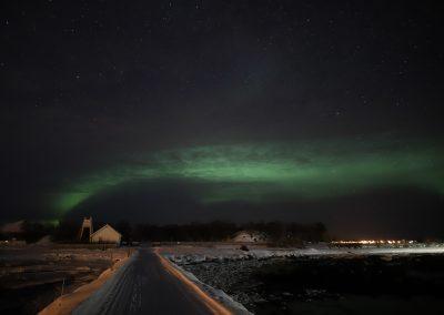 Nordlys over Meløy i Øksnes kommune - Foto: Henrik Rødsand